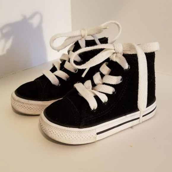 Converse Other - Toddler Converse (Size 5)